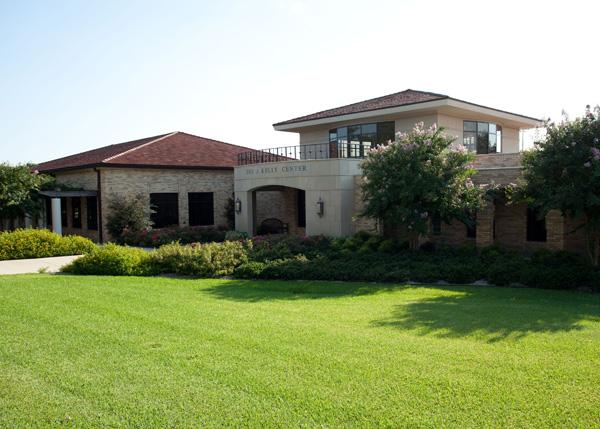 Dee J. Kelly Alumni & Visitors Center